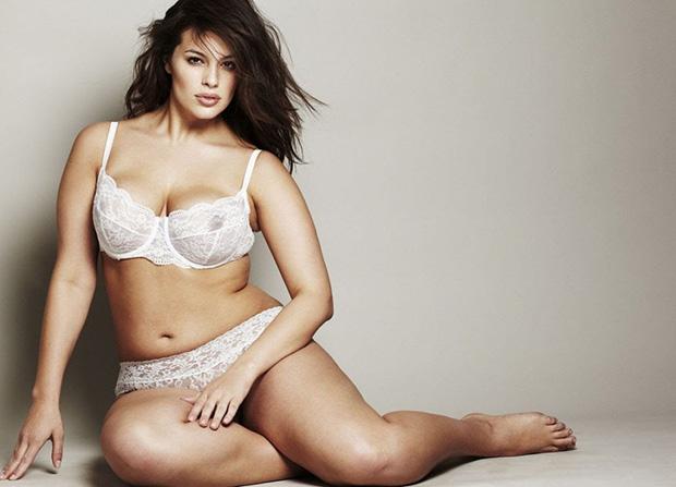 В сети набирает популярность свежий клип Джо Джонаса с моделью Эшли Грэм