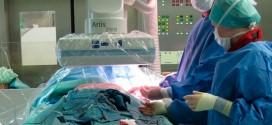 Отец попавшего в аварию мальчика наорал на хирурга. Но вскоре он пожалел об этом, когда узнал всю правду…