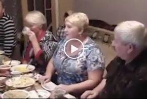 Aнекдот просто до слез! (18+) Собрались как-то русская, немка и полька…