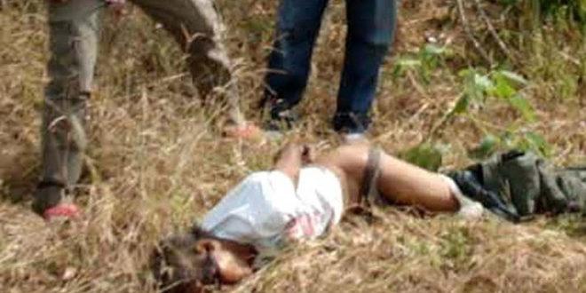 Беженец изн@силовал девушку на глазах у ее бойфренда
