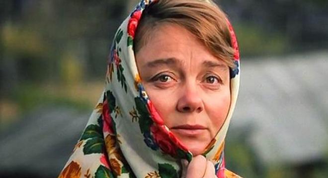 """Скончалась звезда фильма """"Любовь и голуби"""""""