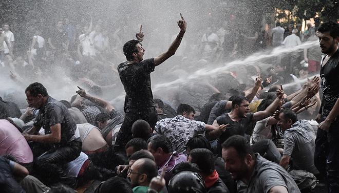 В Армении свершилась революция! Без единой капли крови…